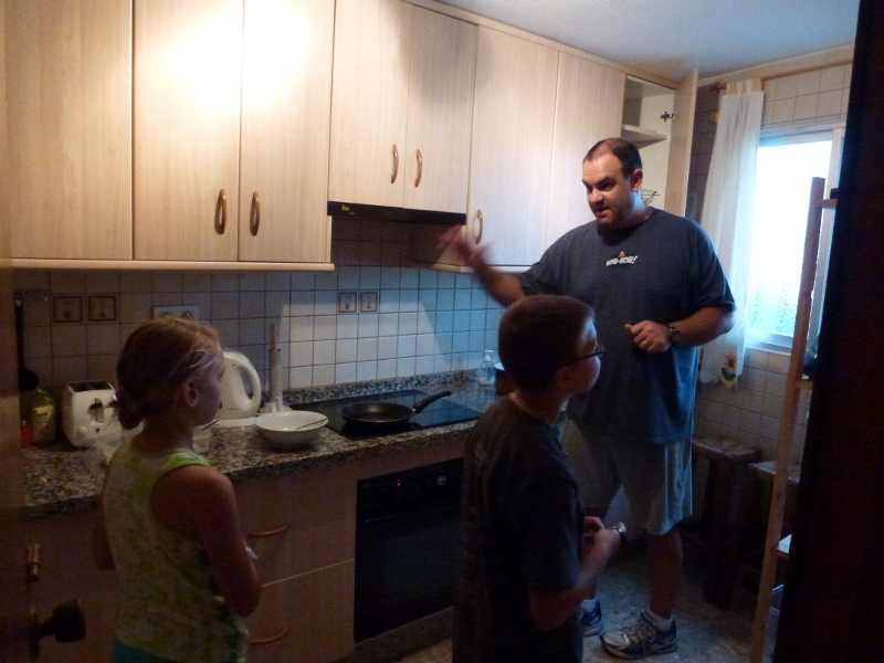 Family Cooking Explaining Oil and Water Combo