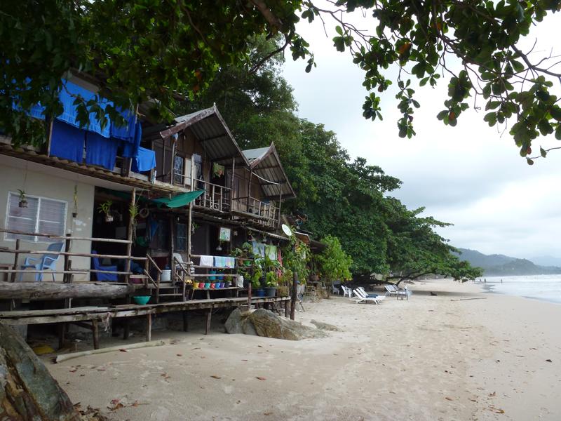 Koh-Chang-Thailand-Beach-Huts