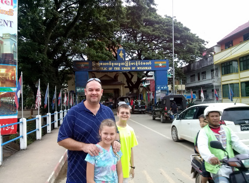 Myanmar Thailand Border Run