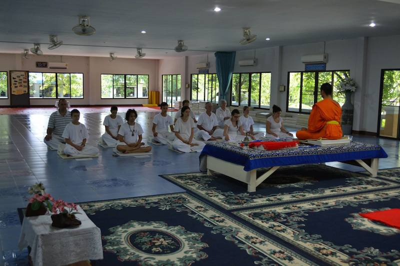 Sitting Meditation - Chiang Mai Mediation Retreat with the Buddhist Monks