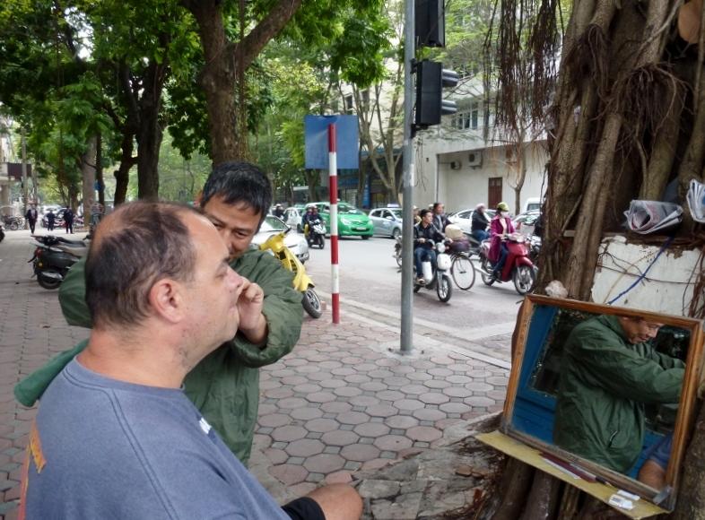 Shave Hanoi Vietnam shaving the ears?