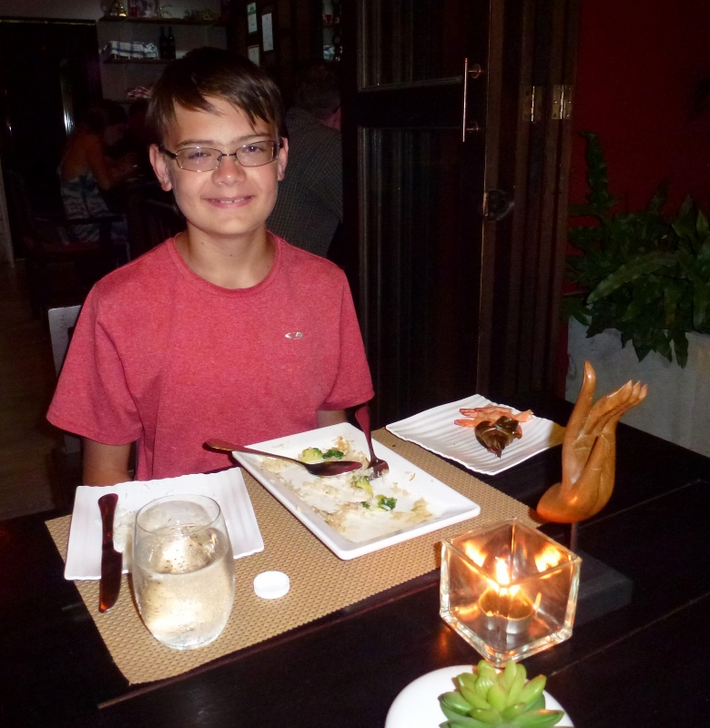 Khaw Glong Koh Samui - Clean Plates and Full Belly