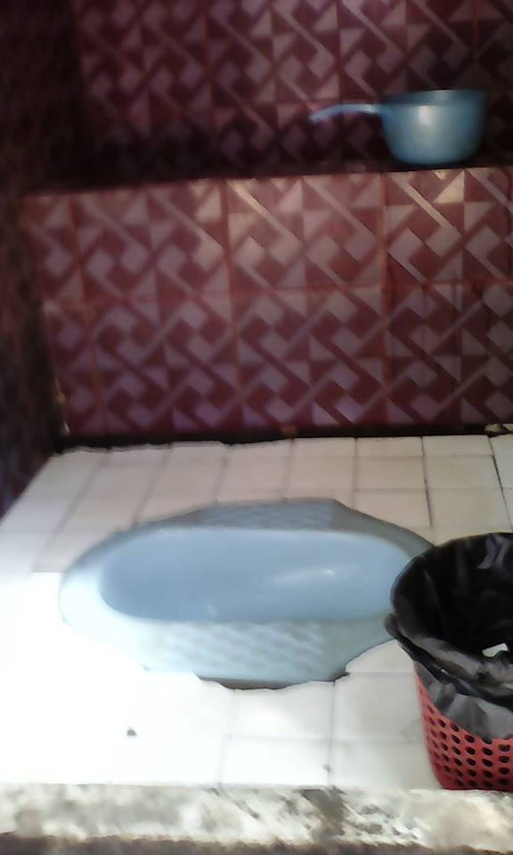 toilet cambodia