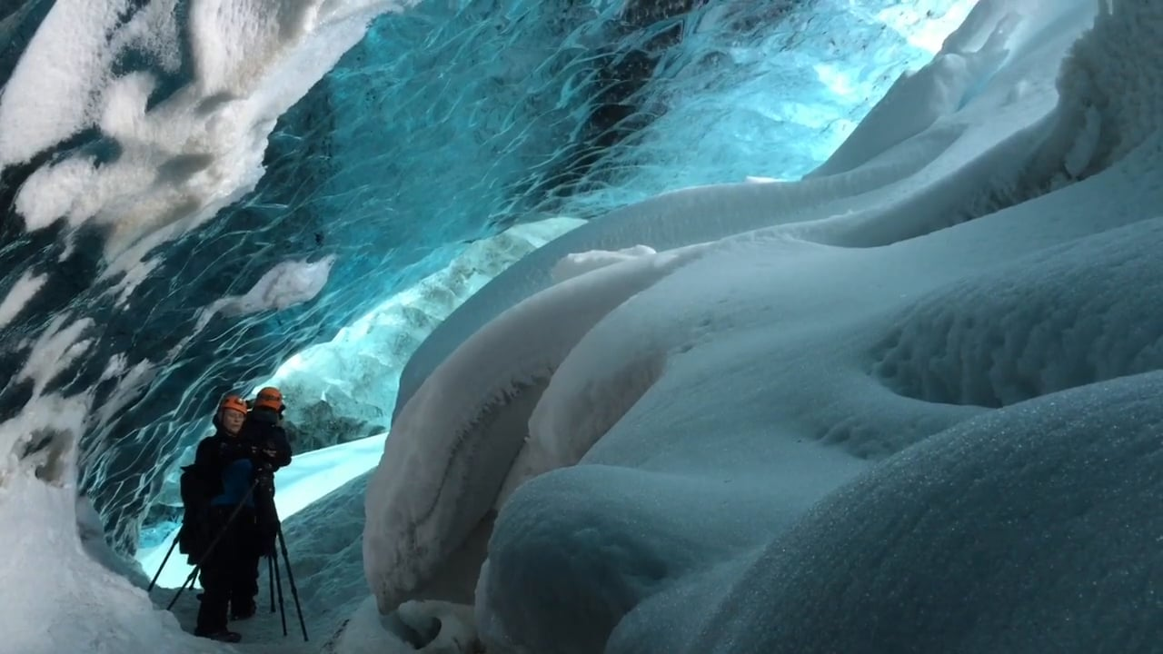 Ice cave iceland image 510322888_1280x720 from https://vimeo.com/121798894