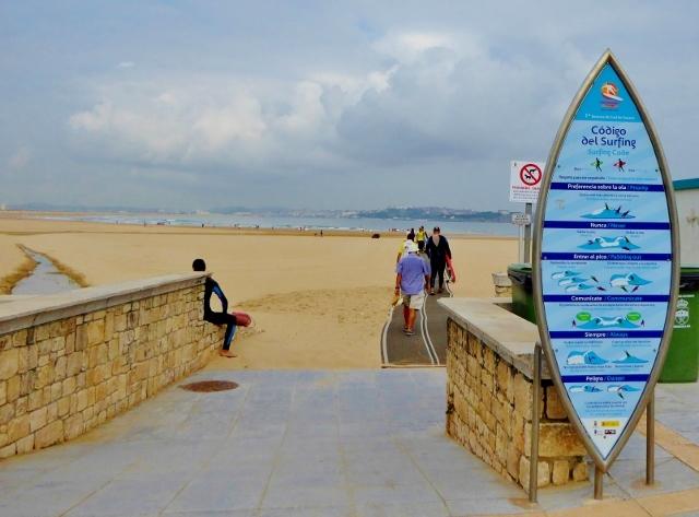 Surfing Cantabria - playa Somo in Loredo, just across from Santander.