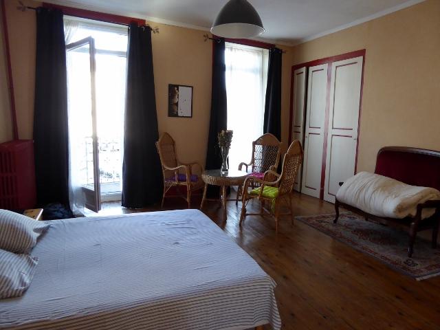 Feurs France master bedroom
