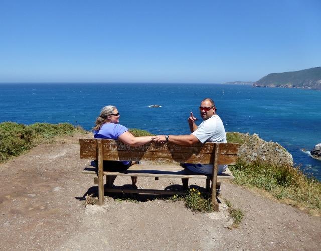 Alan and Heidi (learning spanish status update) at Banco más bonito del mundo Loida Galicia Spain